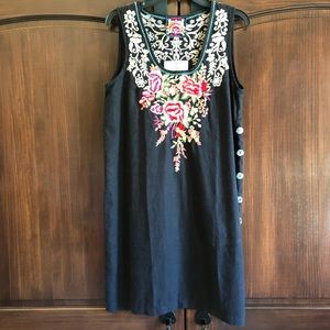 Johnny Was M embroidered black linen shift dress